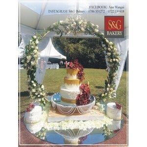 WEDDING CAKE: BURGUNDY AND GOLD 021